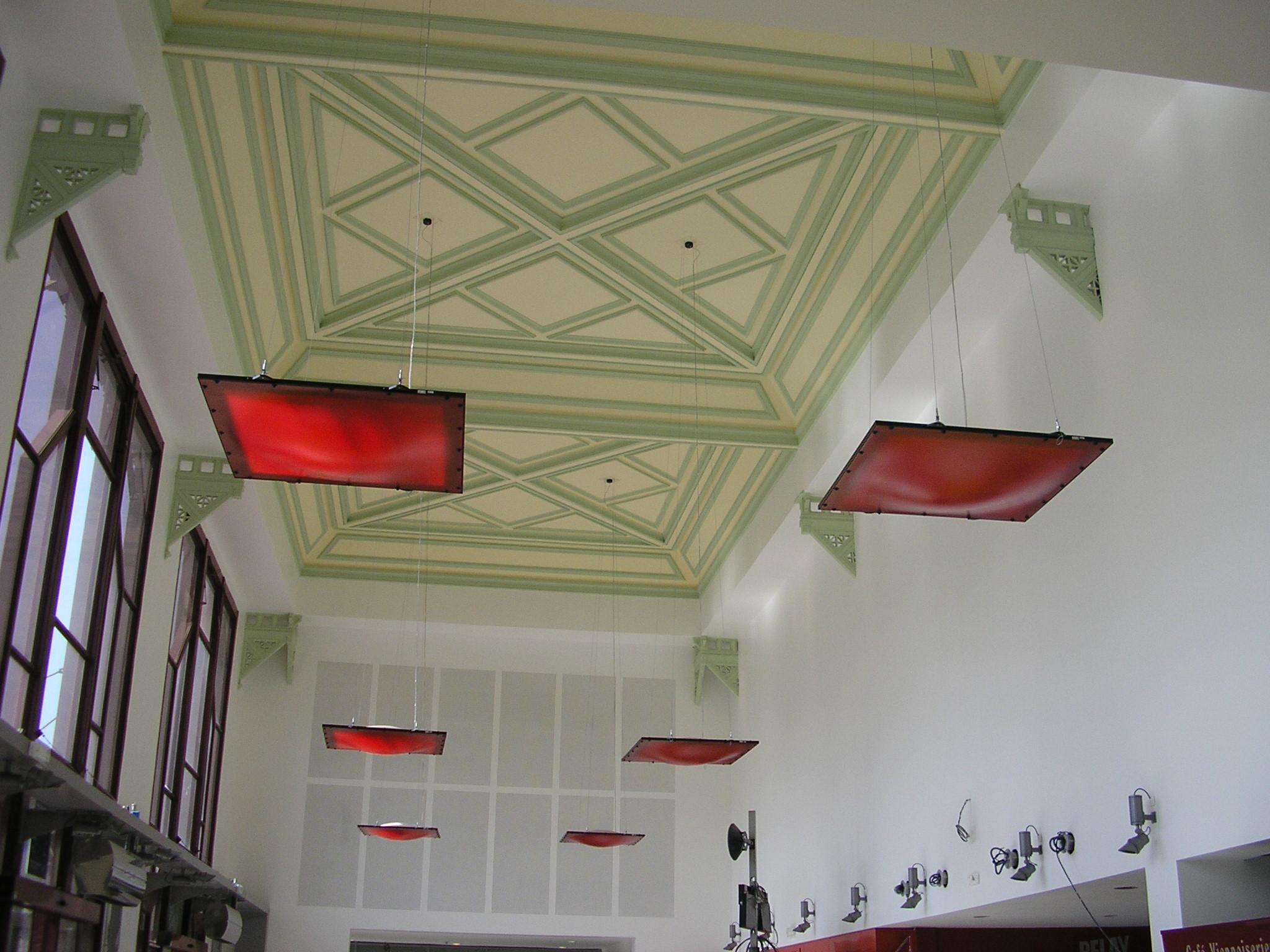 Intérieur hall gare chateaucreux