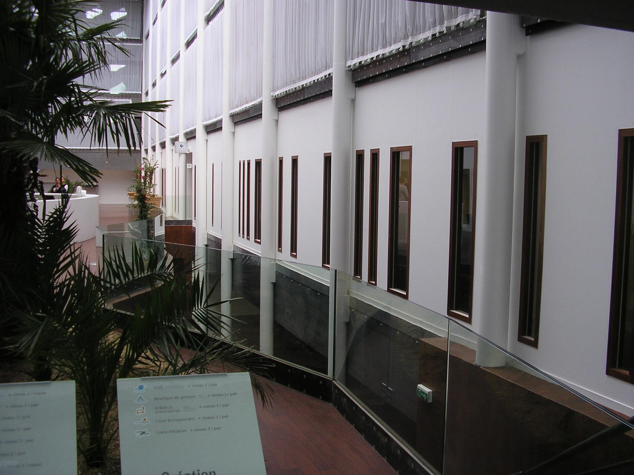 Intérieur maison de l'empoie saint etienne